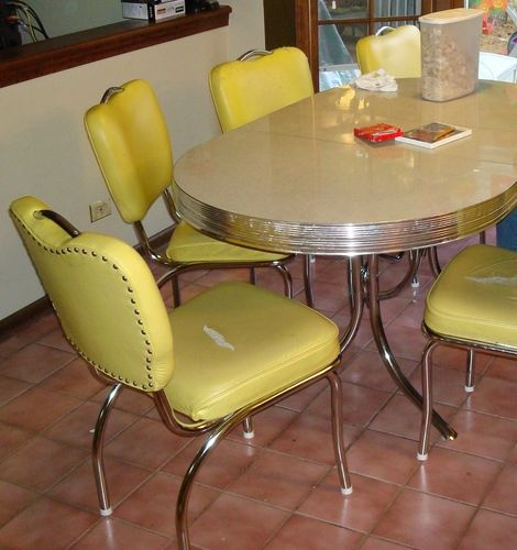 1000 images about chrome kitchen dinette table and chairs on pinterest table and chairs - Retro chrome kitchen table ...