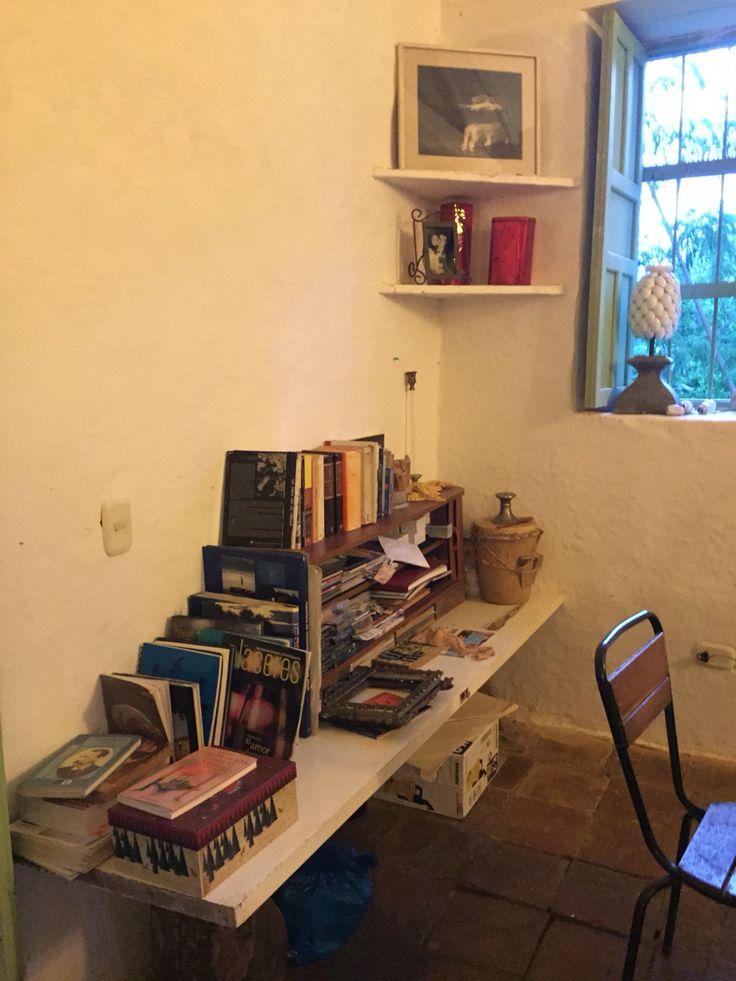 Librería.  Barichara, Colombia.  By iPhone