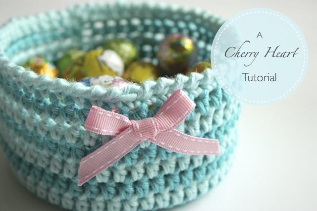 a great tutorial from sandra at cherryheart.blogspot.com....lots of pretty stuff there