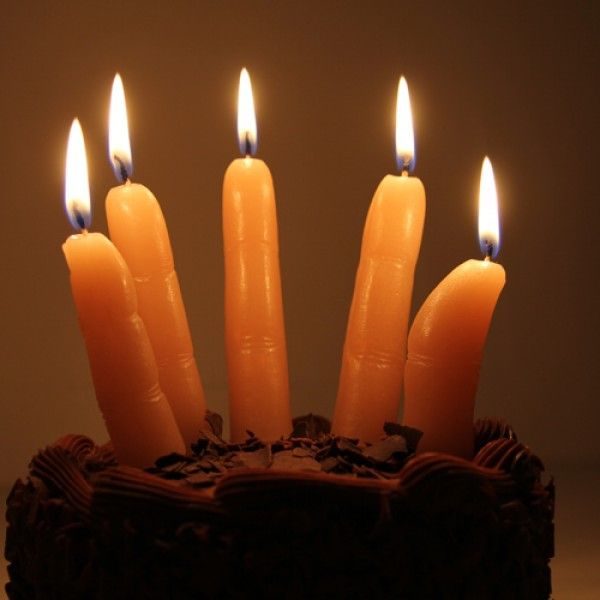 Bougies doigts : pour un anniversaire insolite ! Dispo sur la boutique now !