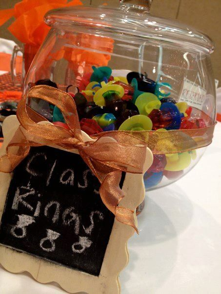 Graduation banquet. party favors  Class rings, Pre-k or a kindergarten party. cute idea. think I'd leave the wrapper on so they dont get to sticky.