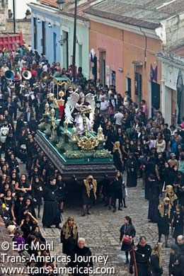 Guide Semana Santa Antigua Guatemala alfombra Easter paradeTrans ...