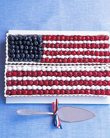 American Flag Tart Recipe. Cute for a 4th of July picnic:)