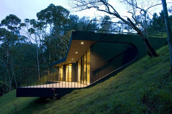 House On Steep Slope | Hotel Finca el Retorno by G Ateliers Architecture, photo by Gustavo ...