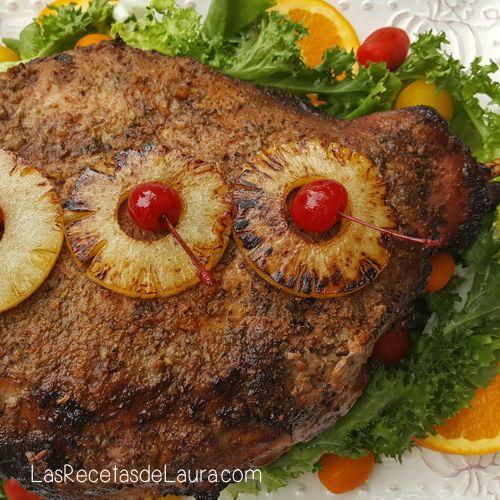 Deliciosa receta para cena de navidad o thanks giving, una pierna de cerdo al horno mechada con frutos y vino blanco, receta fácil de navidad.