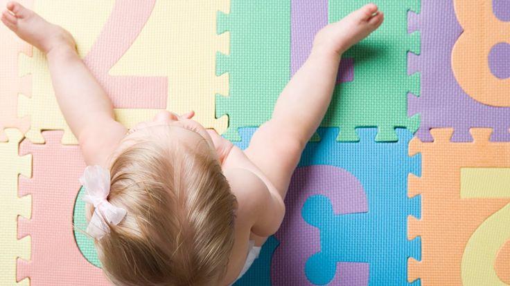 Bewegungsspiele und Reime für Babys und Kleinkinder (urbia.tv)