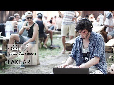 Fakear - La Lune Rousse - Shoot It à Dour Festival - YouTube