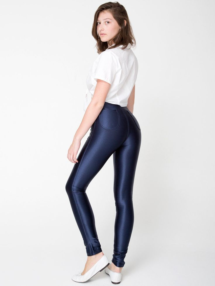 A wardrobe essential, figure flattering, and a killer style statement Yes we're talking 'bout leggings! Whether it's classic black, white or grey; fun floral prints or ultra sexy disco pants .