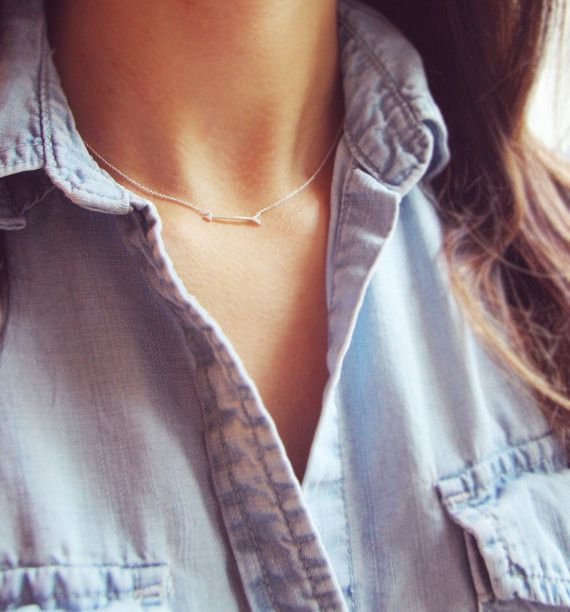 Tiny Arrow Necklace - love this simple necklace!