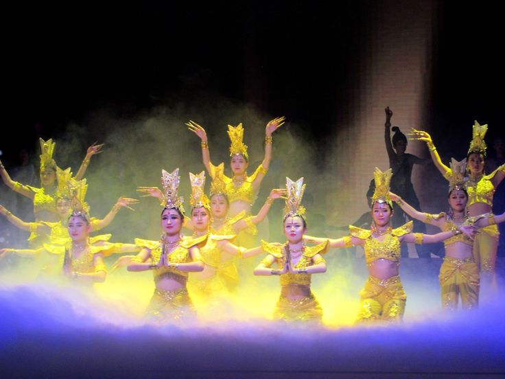 A large scale drama called The Silk Road is performed at Dunhuang, Gansu, China. Dubbed China's Swan Lake, it has been performed 2,800 times since its debut in 1979.