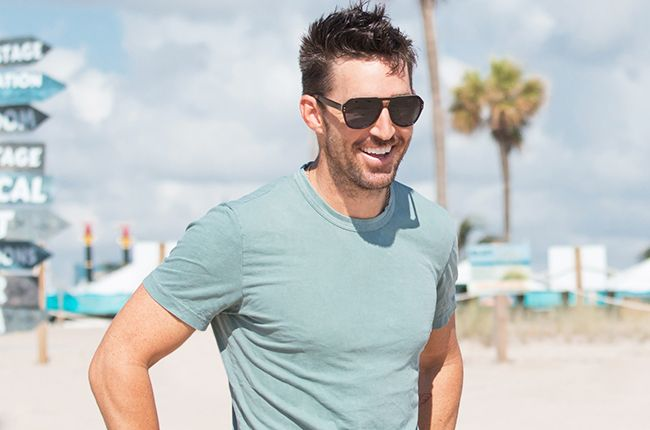 Jake Owen Gets Real Creative on New Single 'Real Life': The Story Behind the Song | Billboard
