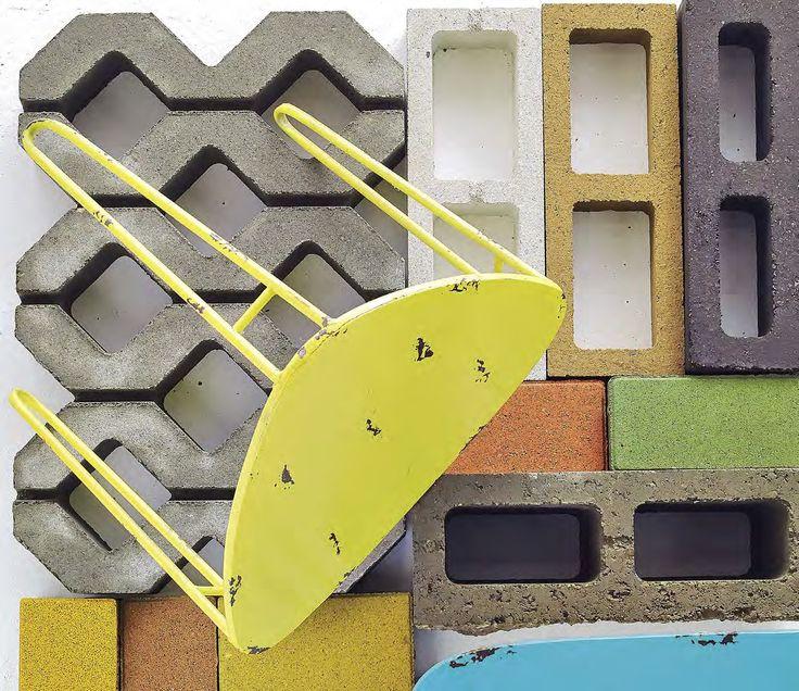 En Concreto. La versatilidad del cemento hace que su uso se extienda a cualquier requerimiento. Con un tono más contemporáneo, multitud de formas y la posibilidad de añadir colores, los Ladrillos Kreato sirven para muros de contención, bloques de cemento, losetas y complementos arquitectónicos, que por su originalidad se pueden dejar a la vista, incluso como elemento decorativo. Nada se escapa a una buena dosis de estilo y creatividad.