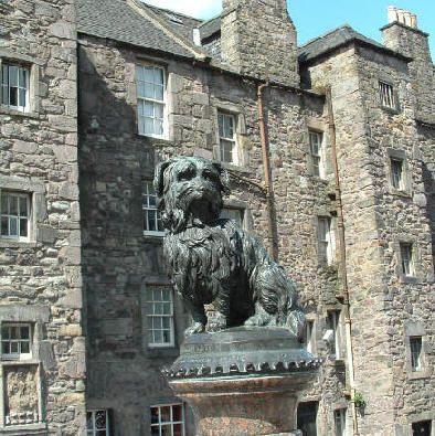 Edinburgh monument to faithful dog - Greyfriar's Bobby - true terrier