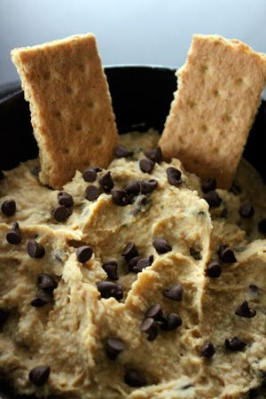 Chocolate Chip cookie dough dip made with chickpeas, honey, almond milk, flaxseed