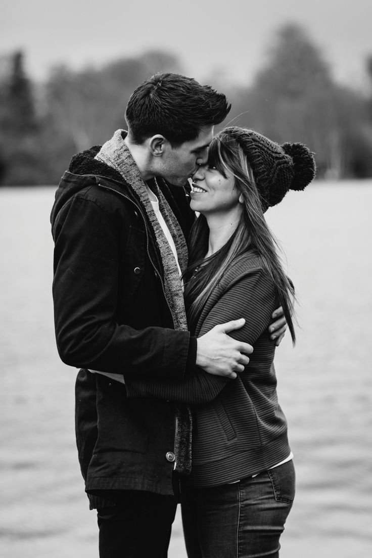 Love is in the air. Photo by Benjamin Stuart Photography #weddingphotography #couple #blackandwhite #cuddle #engagementshoot