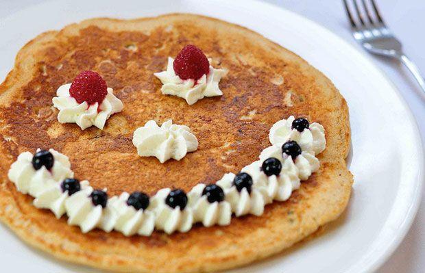 Pancake Face Recipe - RecipeChart.com #Breakfast #Foodlove #Yum