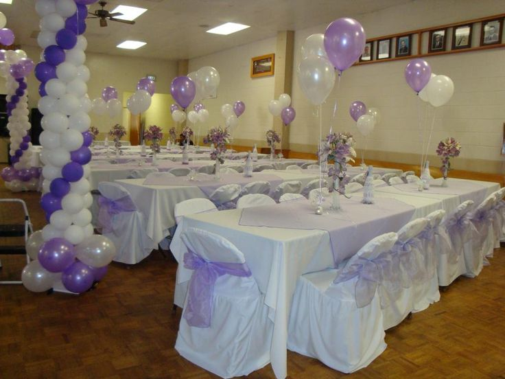 Quinceanera centerpieces for tables cristobal for Balloon decoration ideas for a quinceanera