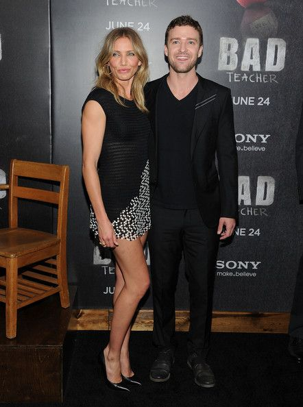 """Cameron Diaz Photos Photos - Actress Cameron Diaz and Justin Timberlake attend the premiere of """"Bad Teacher"""" at the Ziegfeld Theatre on June 20, 2011 in New York City. - """"Bad Teacher"""" New York Premiere - Outside Arrivals"""
