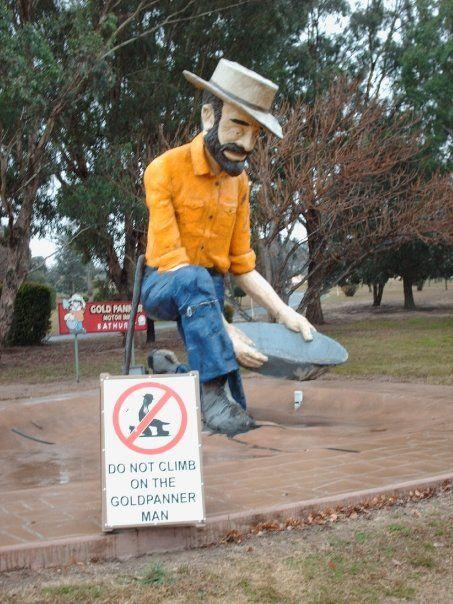 the Big Gold Panner- Bathurst NSW