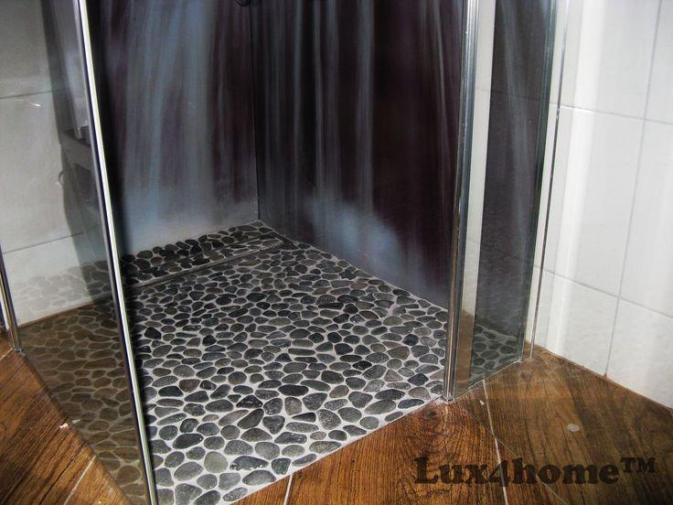 Otoczaki prysznic. Mozaika z otoczaków pod prysznicem od Lux4home™. Równe kamienie, zazębiające się plastry, siatka która nie zatrzymuje wilgoci.  Sklepy i architektów wnętrz zapraszamy do współpracy