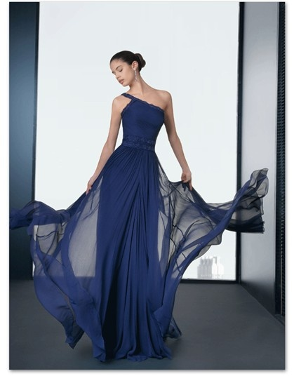 Rosa Clará 2013: Vestido largo azul