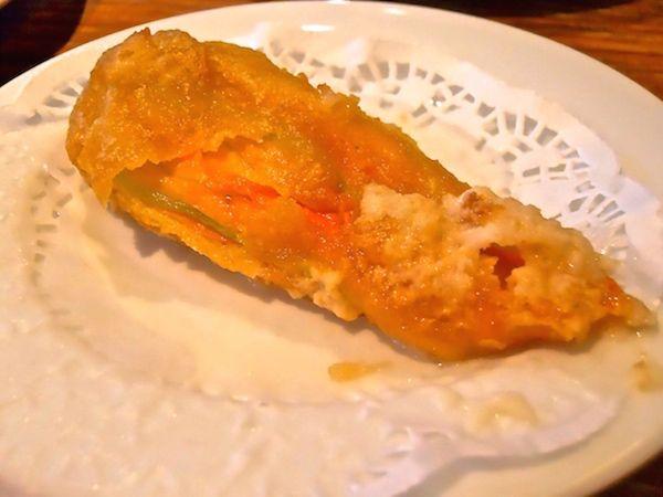 Courgette/zucchini flower and mozzarella (Flor de carbassó amb mozzarella) as served at Paco Meralgo