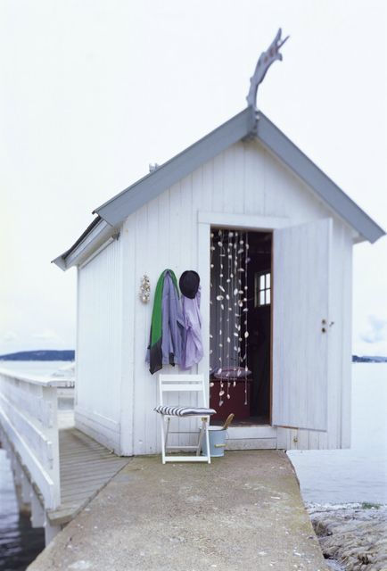 beach hut - shell curtain would look great in our summerhouse