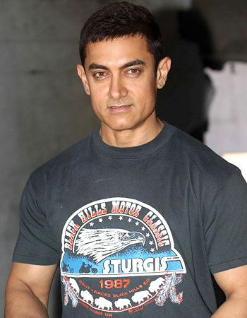 How will Aamir Khan promote the music of Dhoom:3? - http://www.bolegaindia.com/gossips/How_will_Aamir_Khan_promote_the_music_of_Dhoom3-gid-36110-gc-6.html