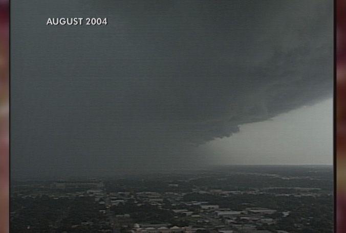 Approach of Hurricane Charley, 2004, Florida West Coast