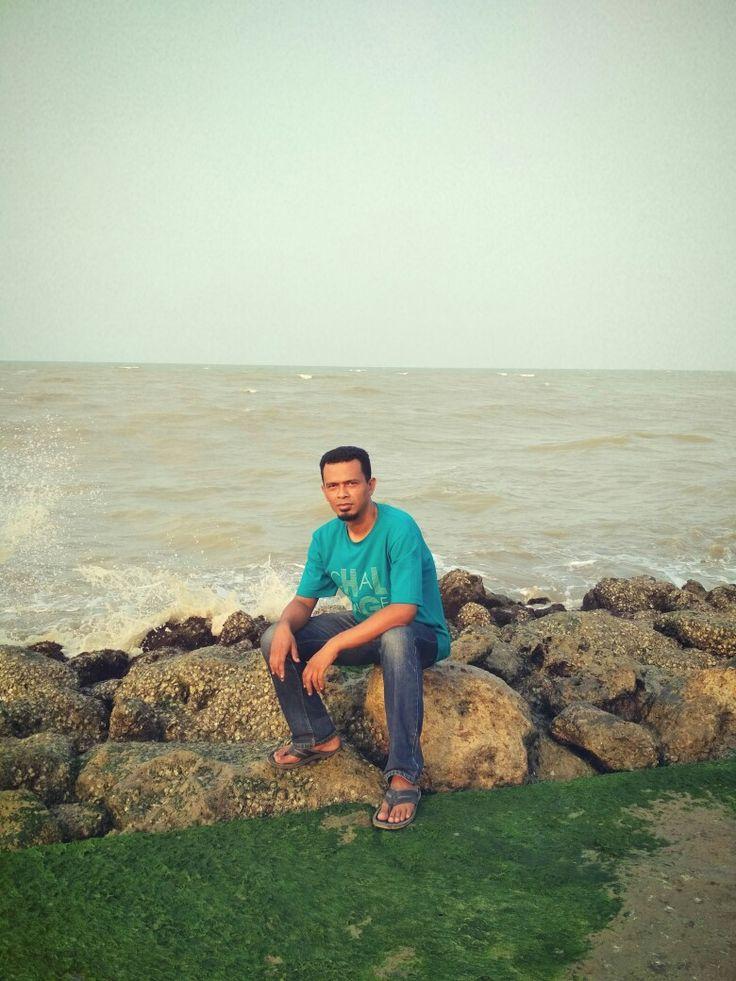 Sulton Pantai Tuban
