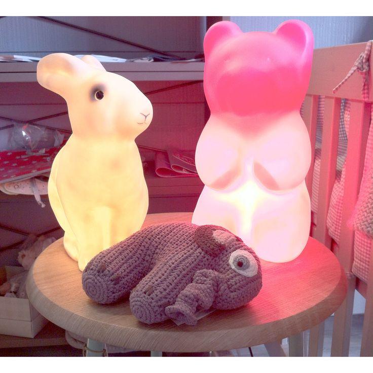 Veilleuses et lampes. Nine & Toine boutique, la déco kids comme on l'aime. La Flotte, Charente-Maritime, southwestern France.