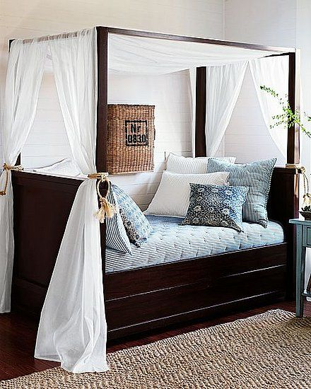 intense like at first sight daybed 4 a canopy