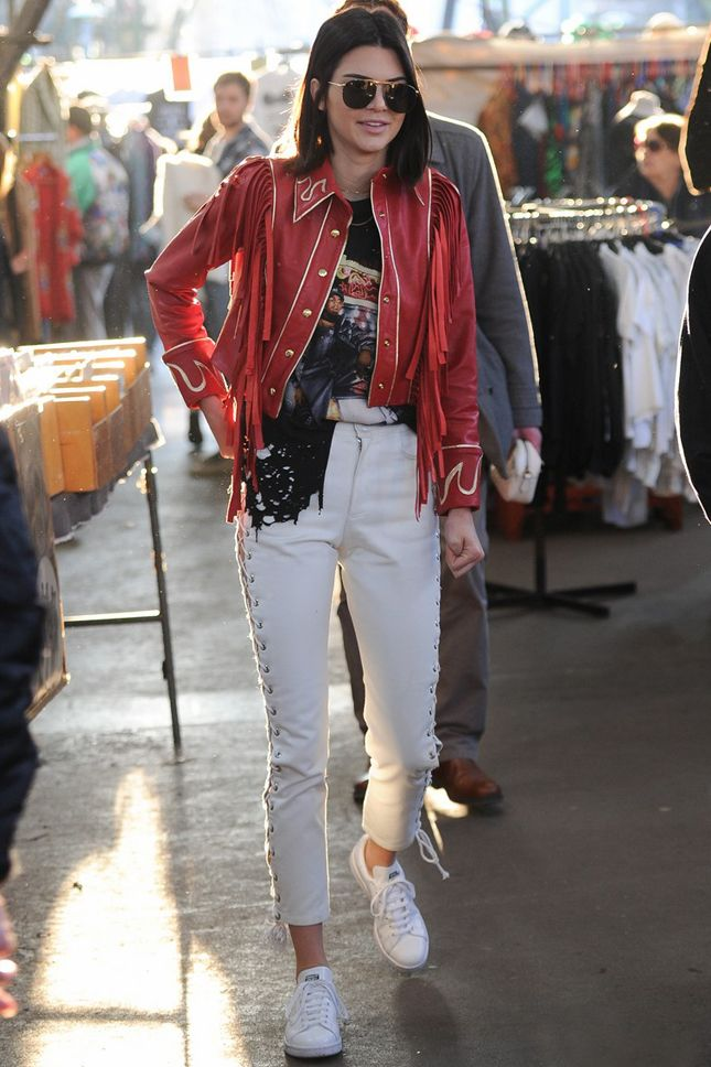Kendall Jenner at the flea market on Portobello Road
