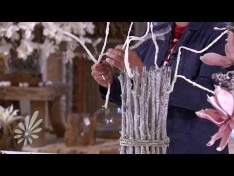 ▶ Decoreer een trendy vaas met takken en bloemen met hulp van Romeo Sommers - YouTube