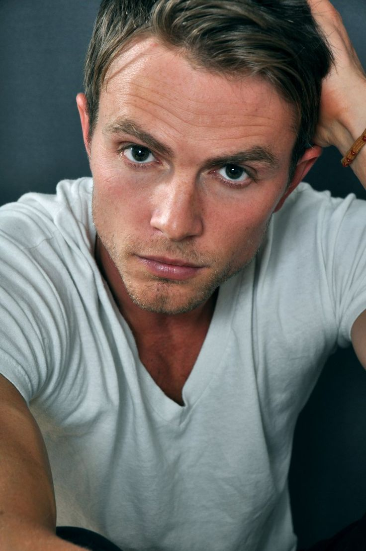 Wilson Bethel...Hart of Dixie <3
