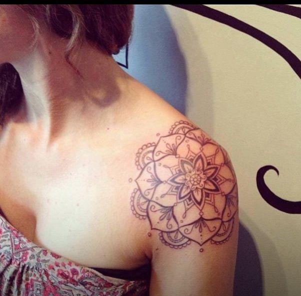 Shoulder tattoo- love the design