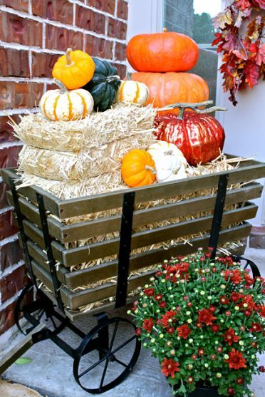 So fall festive!: Fall Front Porches, Mom4Real Clipboards, Fall Projects, Fall Ideas, Pumpkins, Falldecor, Fall Decorations, Holidays Decor, Fall Porches
