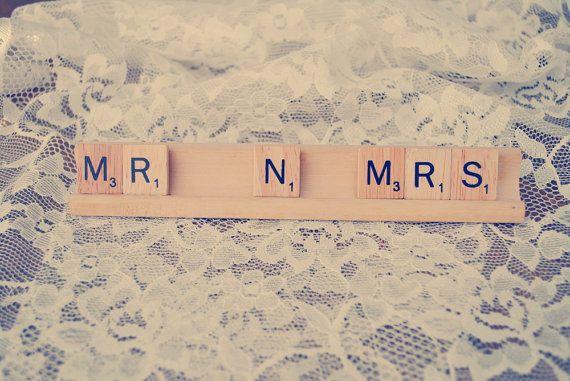 Sr. N Mrs / boda diciendo / / señal de Scrabble / / Mr and Mrs / Prop foto de boda