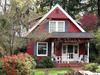 Pretty red cottage in Portland, Oregon  #home #cottage
