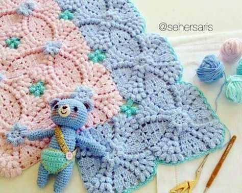 Volume square motif.  Scheme crochet  Crochet Pattern Diagram only - no real directions