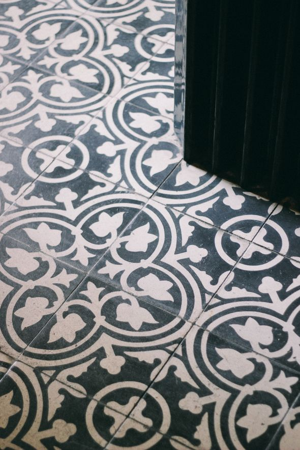Love the pattern-tiles<3