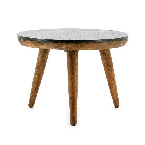 Trendy en stijlvol tegelijk dit salontafeltje van By-Boo. Een donker Mango houten onderstel met daarop een dun zwart marmeren blad. Deze tafel is verkrijgbaar in 3 verschillende maten en door deze te combineren heeft u een mooie eigentijdse look in uw huiskamer. Afmeting BxDxH = 60x60x42 cm Leverbaar in 3 maten