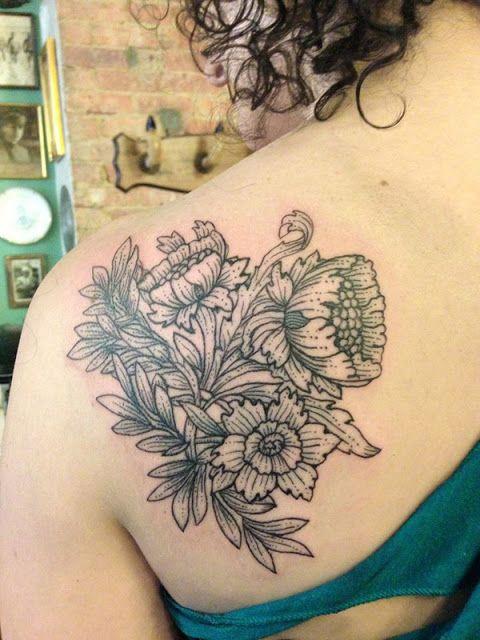 38 ideias de criativas tatuagens para os Ombros