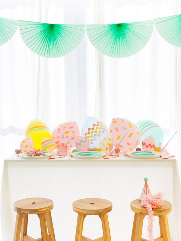 Balloon Easter Egg Centerpiece | Oh Happy Day!