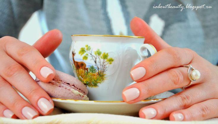Marina Iva's beautiful nails