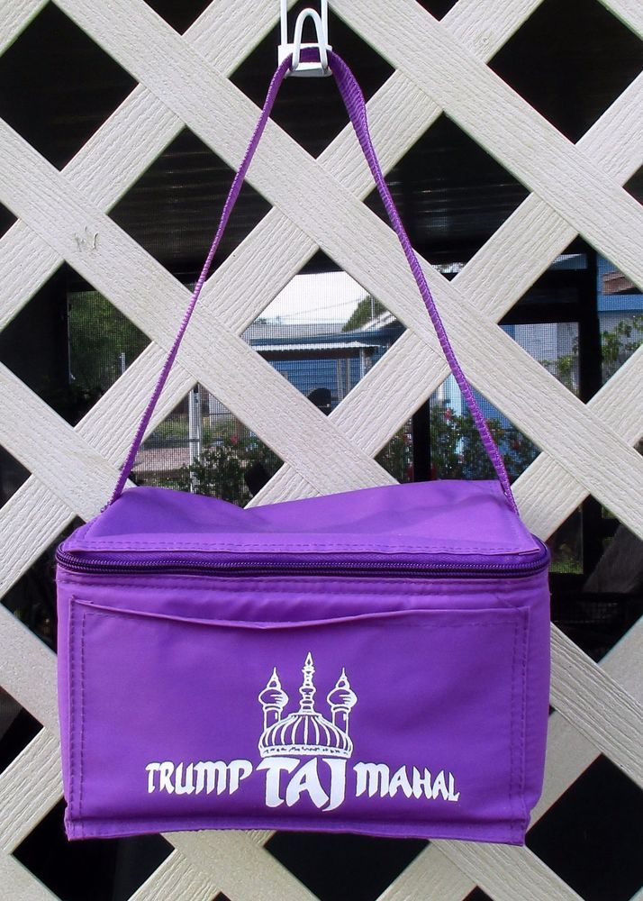 Trump Taj Mahal Insulated Lunch Bag Zippered Purple Lunch Bag