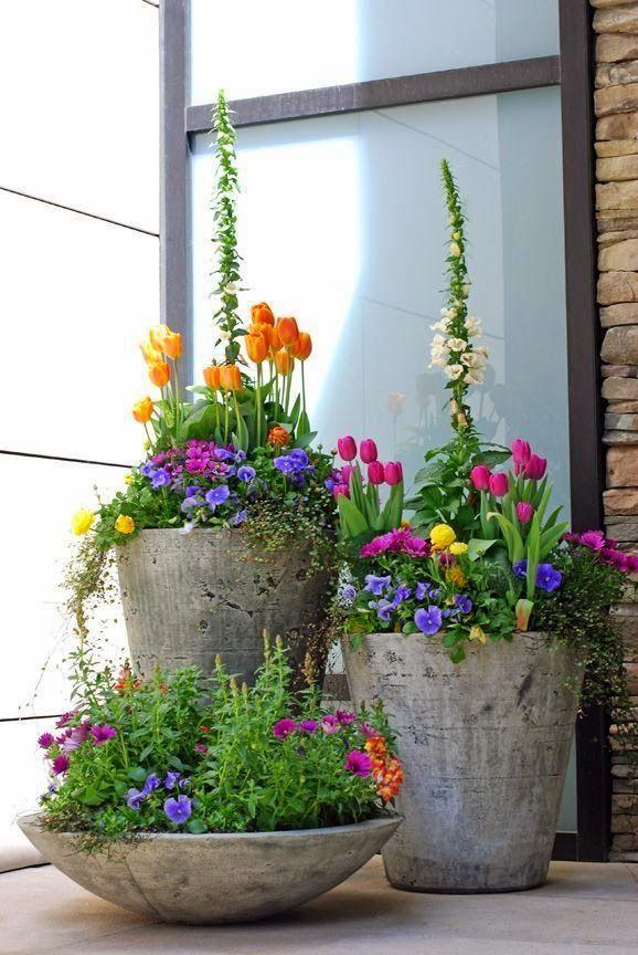 LINDO!  A primavera, chegou no Hemisfério Norte, e com ela as mais charmosas manifestação da natureza:  FLORES.   Suas cores, formatos, ar...