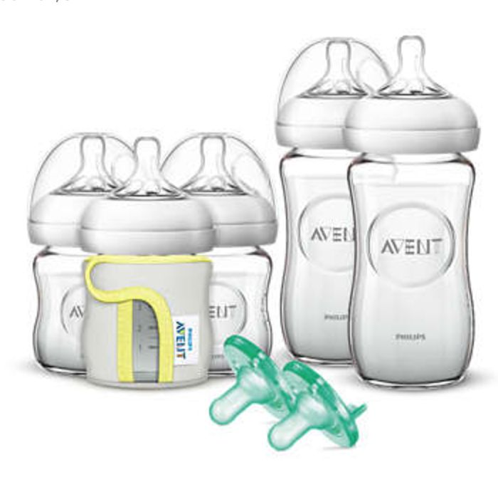 The most natural way to bottle feed Easy to combine with breastfeeding - - Natural latch on - - Unique comfort petals - - Advanced anti-colic valve One 4oz bottle and nipple Newborn Glass Starter Set