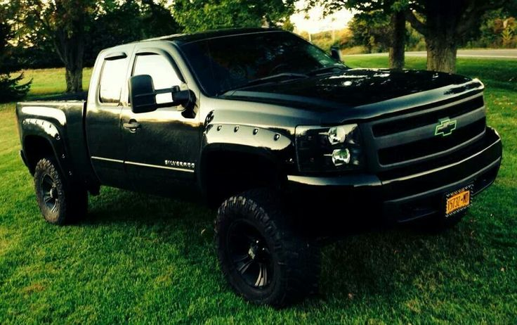 Love this chevy!! @Emily Schoenfeld Roy!! tell me that isn't awesome!! Girl I am Chevy you are ford bring it on!!