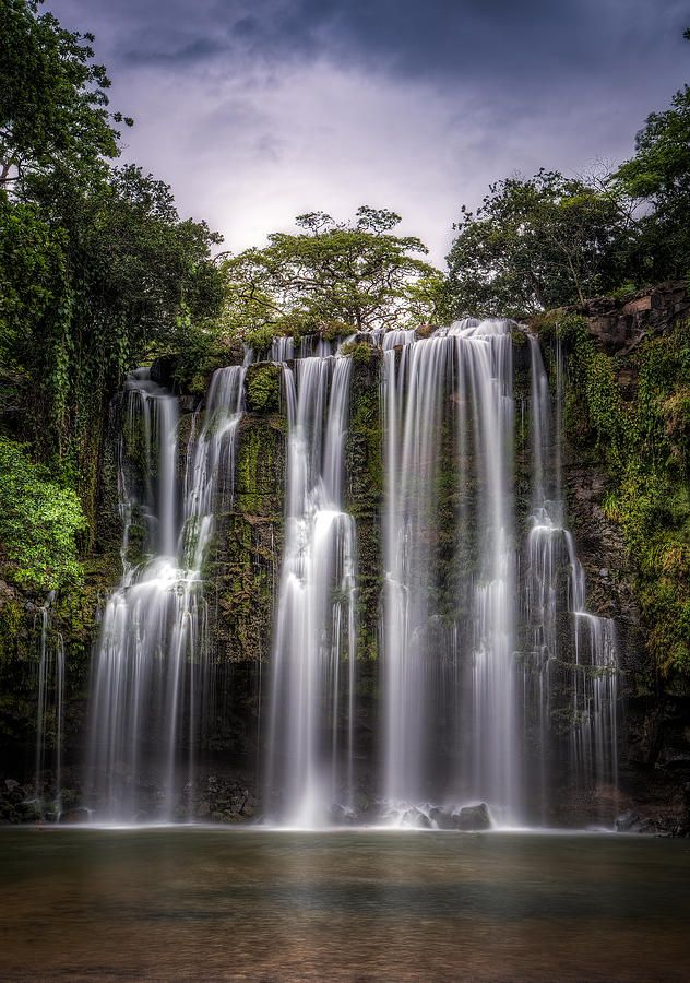 Mystic Falls - Costa Rica : wonder what this sounds like, heavenly.